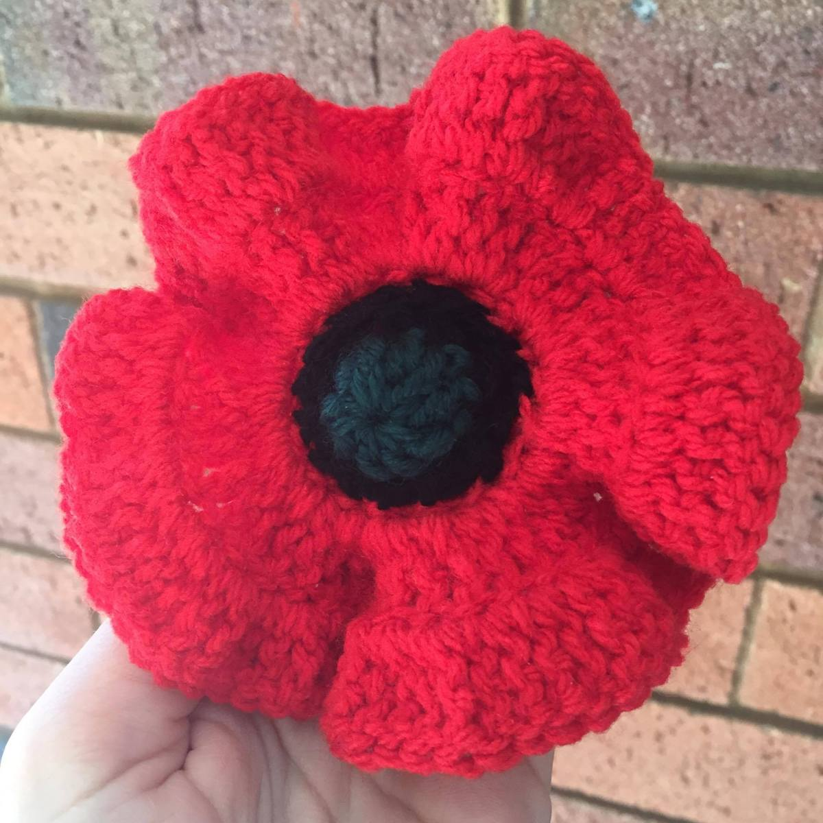 100 Crochet Poppies Project